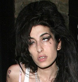 amy-winehouse-likes-her-fan