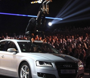 Stuntman seriously injured live on German TV show Wetten Dass.