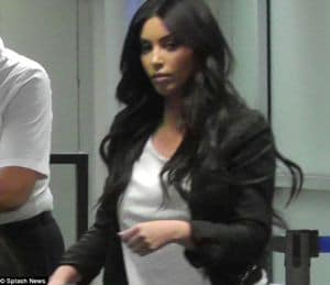 Source claims that Kim Kardashians marriage was arranged and that she hated making out with Kris Humphries.