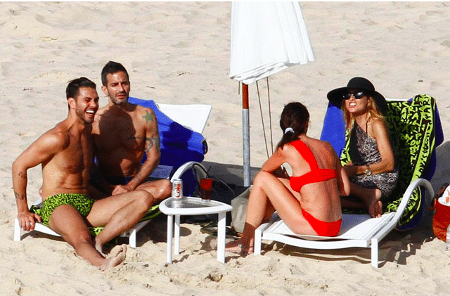 Which two hawt bixches insisted on frolicking in matching Louis Vuiton trunks this weekend at St Barts?