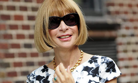 Anna-Wintour-on-the-set-o-001