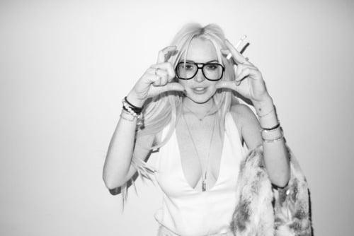 New Lindsay Lohan photo shoot: cleavage, nipples and wanton lust.
