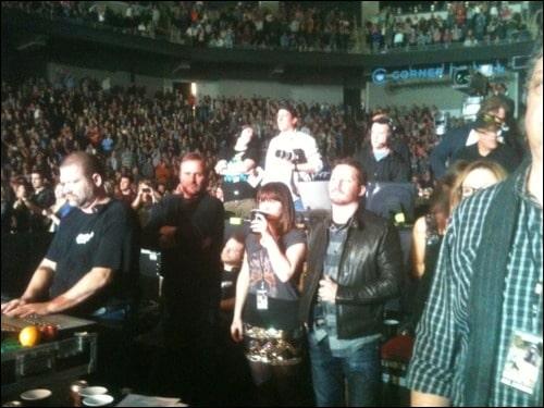 Clarkson & Blackstock enjoying a concert together