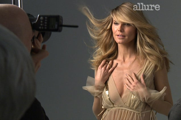 Heidi Klum wants to show you how to pull off a blowjob.