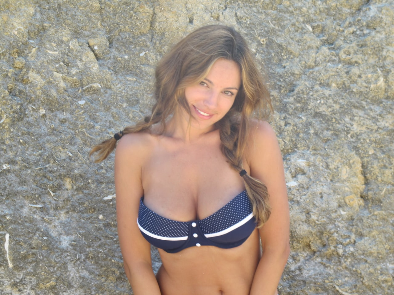 Kelly Brook is a preferred hawt bixch. Images from her tumblr account.