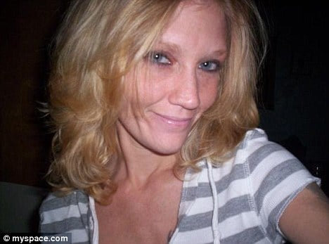 Mother accused of repeatedly injecting her 14 year old daughter with heroin.