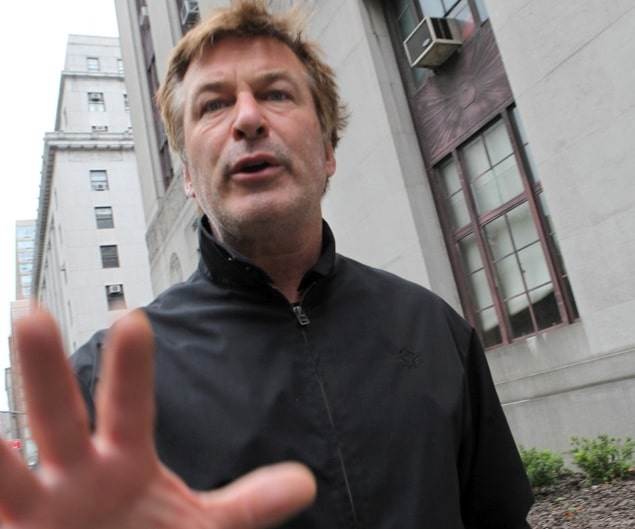 Alec Baldwin gets marriage license and then socks a paparazzo!