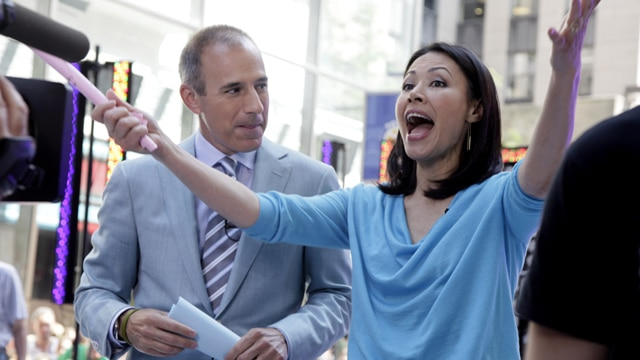 Ann Curry turns up to Today show, acting as if she hasnt been fired.