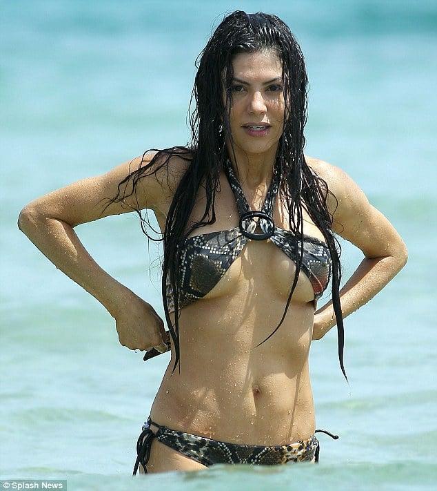 Adriana de Moura is also a preferred hawt bixch