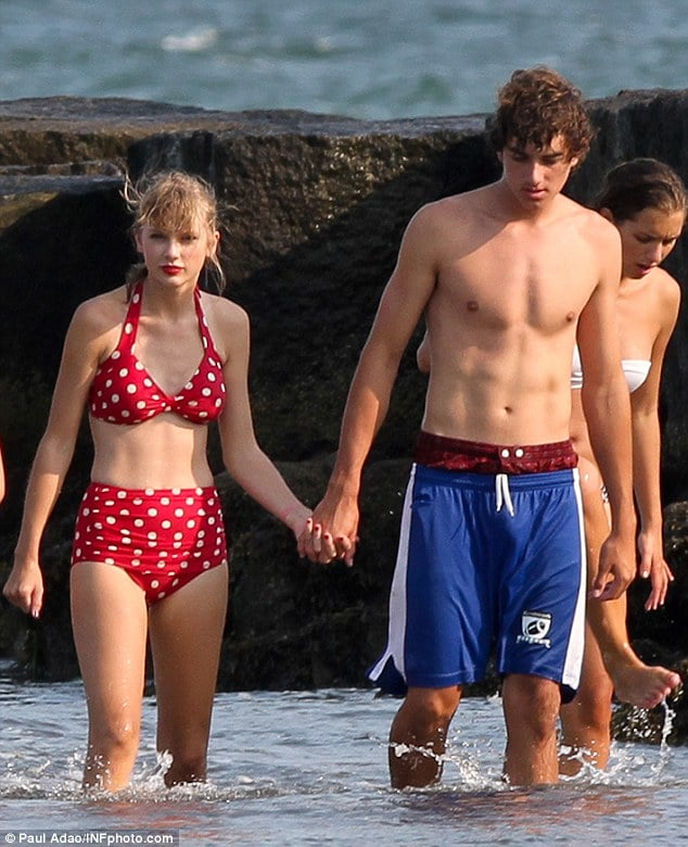 Taylor Swift and Conor Kennedy cut quite the fetching couple...