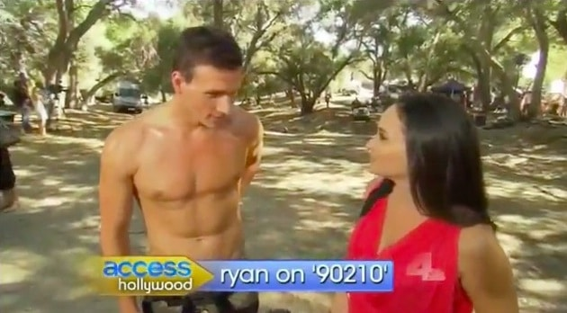 Ryan Lochte makes a talentless hawt bixch cameo on 90210. Nevermind hes got perky nipples...