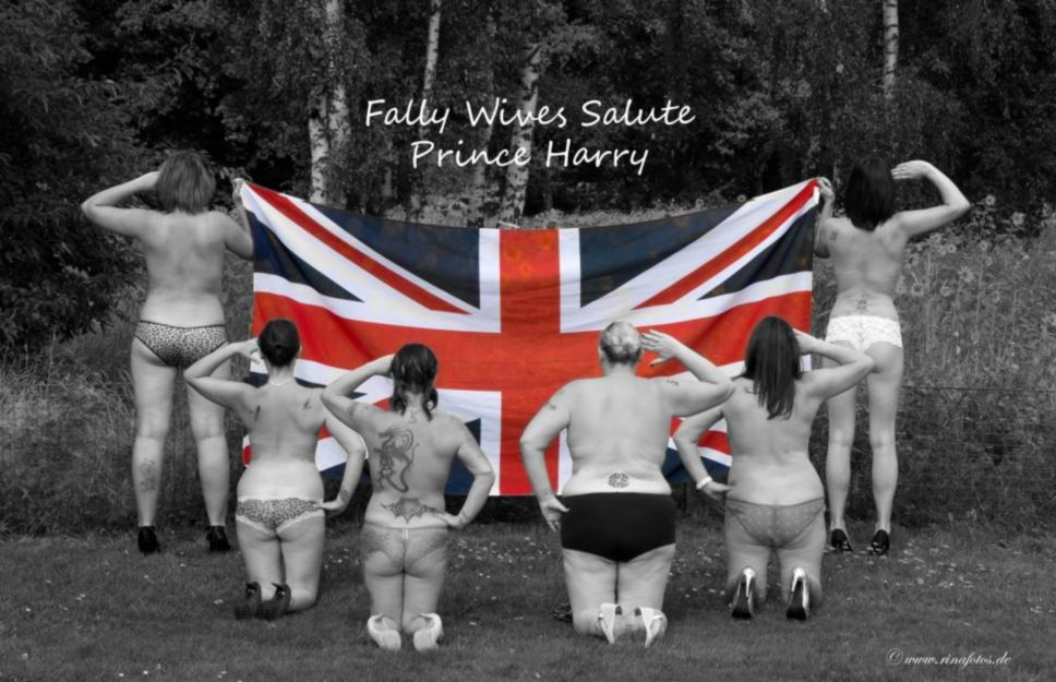 Support Prince Harry with a naked salute! Facebook fan page