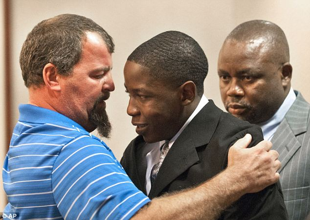 Tim See consoles Takuna Mavima who killed his son, Tim See.