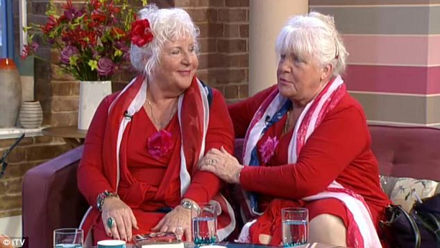 Dutch twins Louise and Martine Fokkens