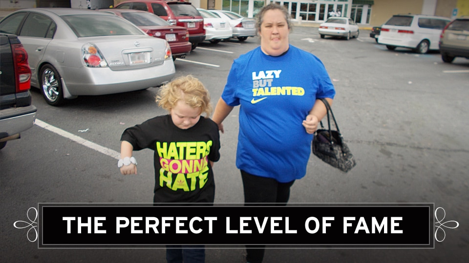 Honey Boo Boo and her fame whore clan are now Americas new favorite family. Season finale...