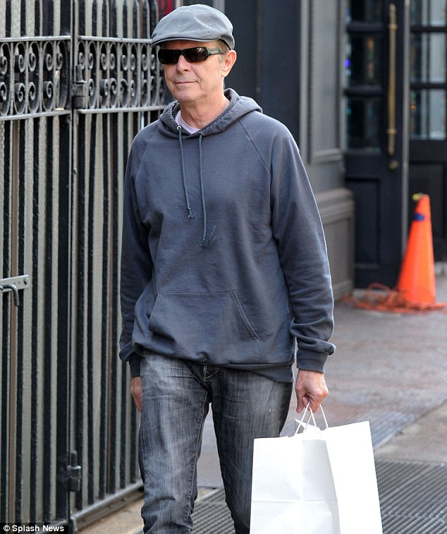 David Bowie seen picking up some takeout lunch in New York on Wednesday