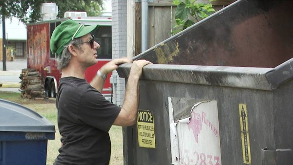 Why go grocery shopping when you can eat from out of the local dumpster? Image via TLC.
