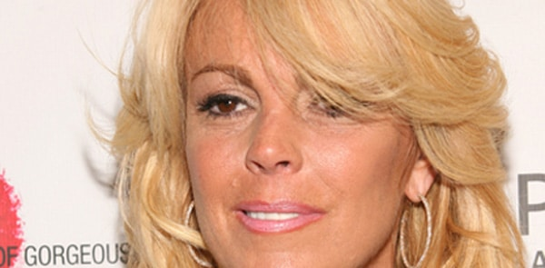 Dina Lohan is going through a messy time right now thank you very much!