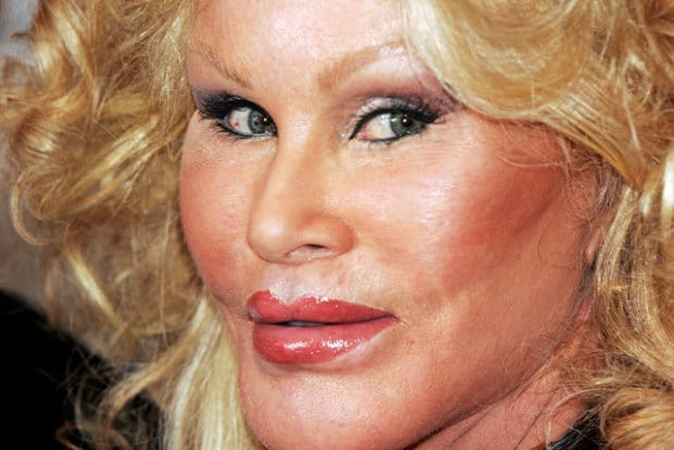 Nyc socialite catwoman jocelyn wildenstein narrowly for Too faced ceo