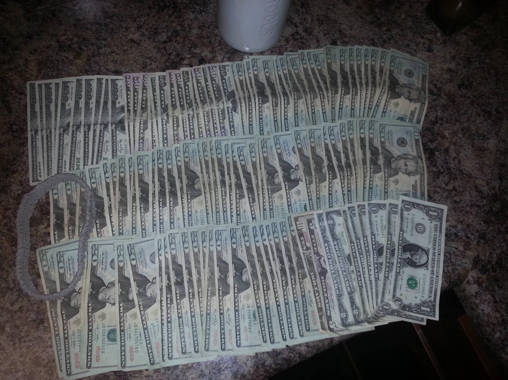 Stripper on Reddit shows off all her money. Fxck you!