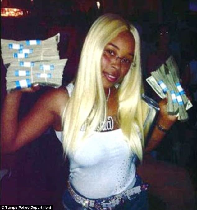 Rashia Wilson, Queen of IRS tax fraud gets 21 years jail after taunting IRS to catch her.