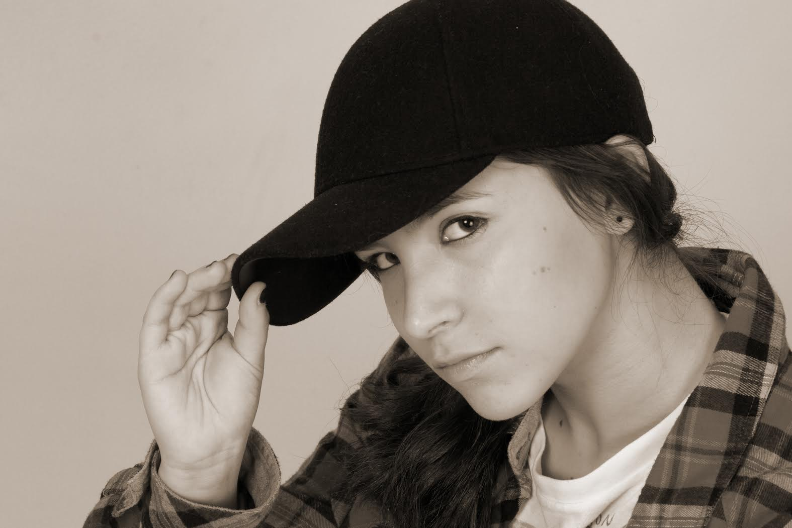 Ariel Bavly, teen pop protege: 'Respect, I ain't some dumb brunette.' - scallywagandvagabond