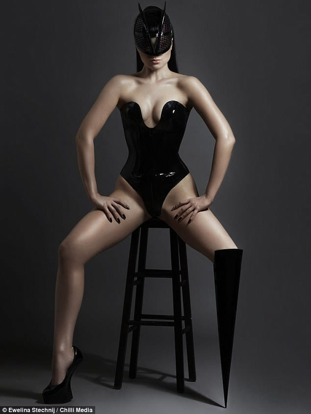 Pictures: Viktoria Modesta pop star whose prosthetic limbs challenge body image
