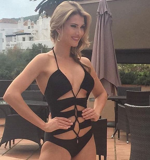 http://scallywagandvagabond.com/wp-content/uploads/2015/12/Miss-Spain-Mireia-Lalaguna-Royo-wins-Miss-world-2015r-1.jpg
