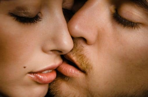 intimate-kiss-1