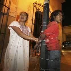 Mexico_10_27_09_Vigilantes