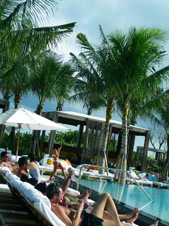 W hotel swimming Pool