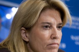 Greta Van Susteren voted dumb on the internet.
