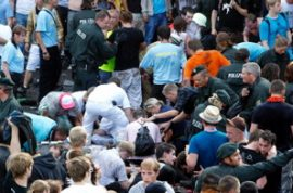 Love parade in Germany kills 17.