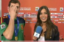 Iker Casillas kissing Sara Carbonero.