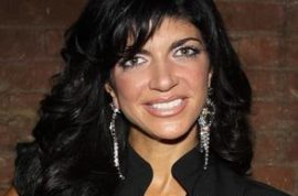 Bankrupt NJ Housewife Teresa Guidice goes on a $60 000 shopping spree.