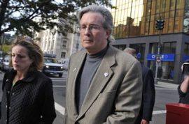Juror Passes Love Note During Sex-Murder Trial