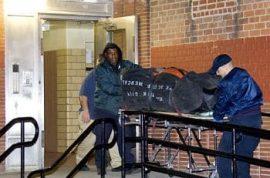 400 pound mutilated body found in drug den.