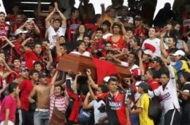 Fans carry dead teenager's body at Columbian soccer match