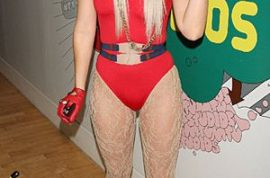 Lady Gaga confesses she used to be a coke whore.