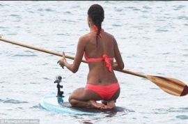 Alessandra Ambrosio would like to confirm she looks hawt in a pink bikini.