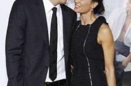 Jilted Demi Moore seeks divorce lawyer.