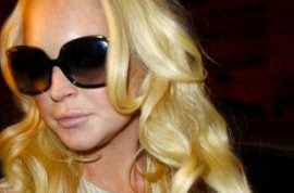 Lindsay Lohan, my favorite hawt mess is being sued again…