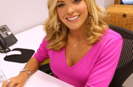 Now even reality stars can get facelifts. Kate Gosselin just wants to make us much money as possible.