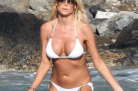 Swedish former Playboy model Victoria Silvstedt would like you to salivate this afternoon.