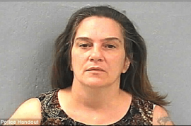 Hawt bixch: Woman calls cops to complain dealer sold her sugar instead of crack cocaine.
