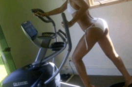 Rihanna tweets pictures of herself almost bare naked whilst working out.
