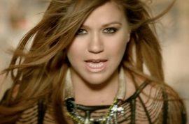 Kelly Clarkson addresses gay rumors – again