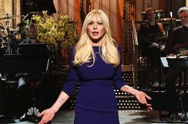 Lindsay Lohan turns out to be a complete flop on SNL.