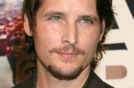 Peter Facinelli's mystery woman said to be very much in love with him.