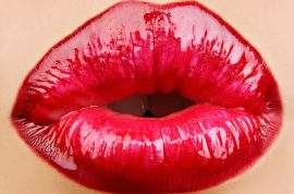 Swedish university professor cuts off his estranged wife's lips so she could never kiss again.